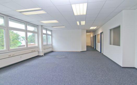 Büro / Laborräume 378qm in Eching zu vermieten
