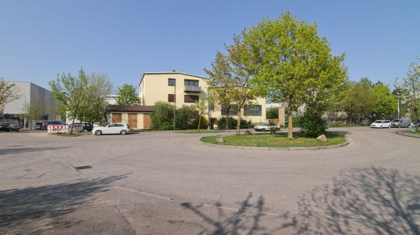 Halle / Produktion / Büro 1210qm in Garching zu vermieten