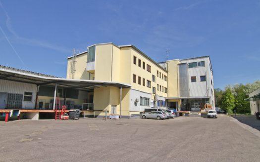 Büro / Servicefläche 222 qm in Garching zu vermieten ab 15.03.2021